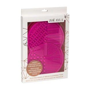 Zoe Ayala 🌸 Silicone Makeup Brush Cleansing Pad